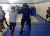 Marie Clarac Girls high school, March 2018. Hands-on Self-defence course. Confined spaces. Manoli.ca